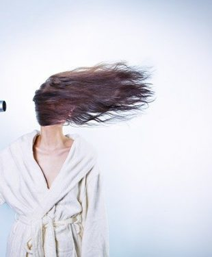 effective ways to keep your hair looking healthy