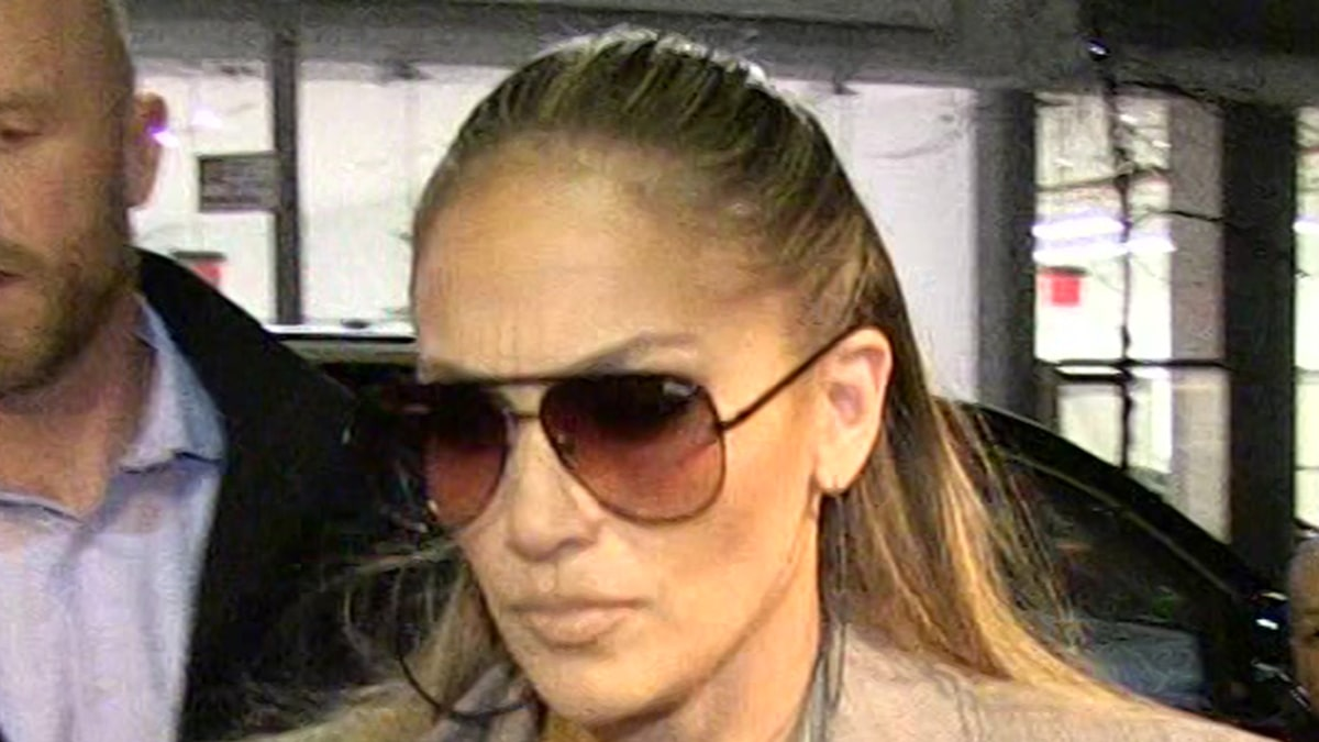 j-lo's-la.-home-still-targeted-with-multiple-911-calls