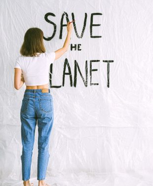 5 Ways to Lead a More Environmentally-Friendly Lifestyle