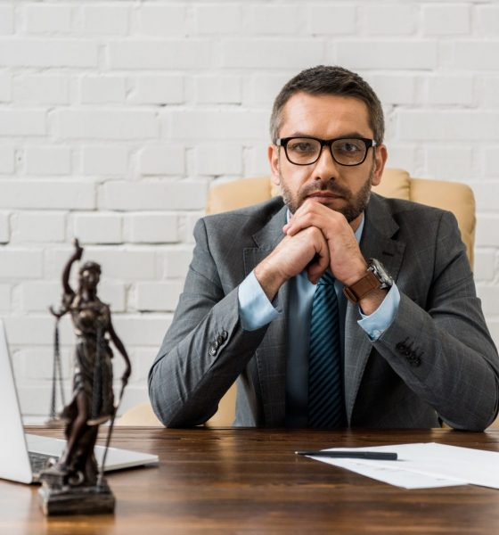 Should you Hire a Lawyer to Pursue a Personal Injury Claim?