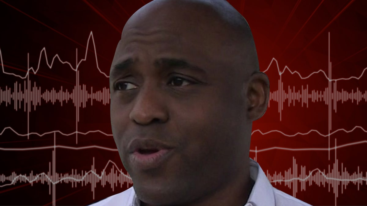 wayne-brady-gets-racist,-expletive-laced-voicemail-at-cbs-studio