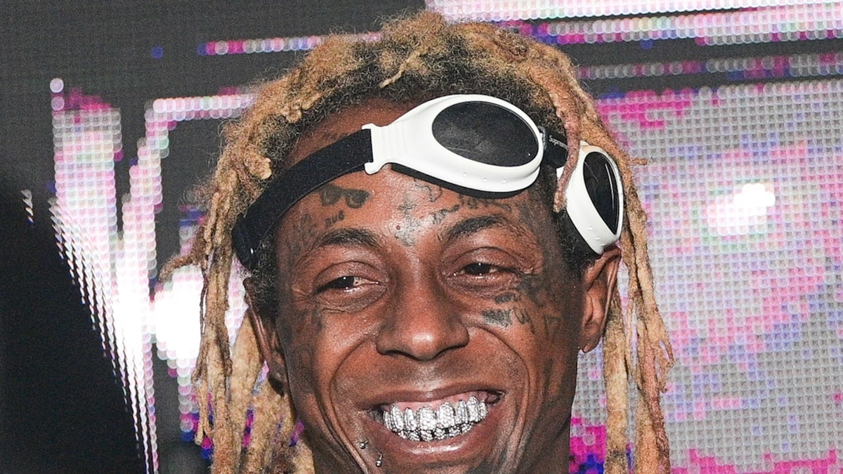 lil-wayne-offered-to-financially-take-care-of-ex-cop-who-saved-his-life