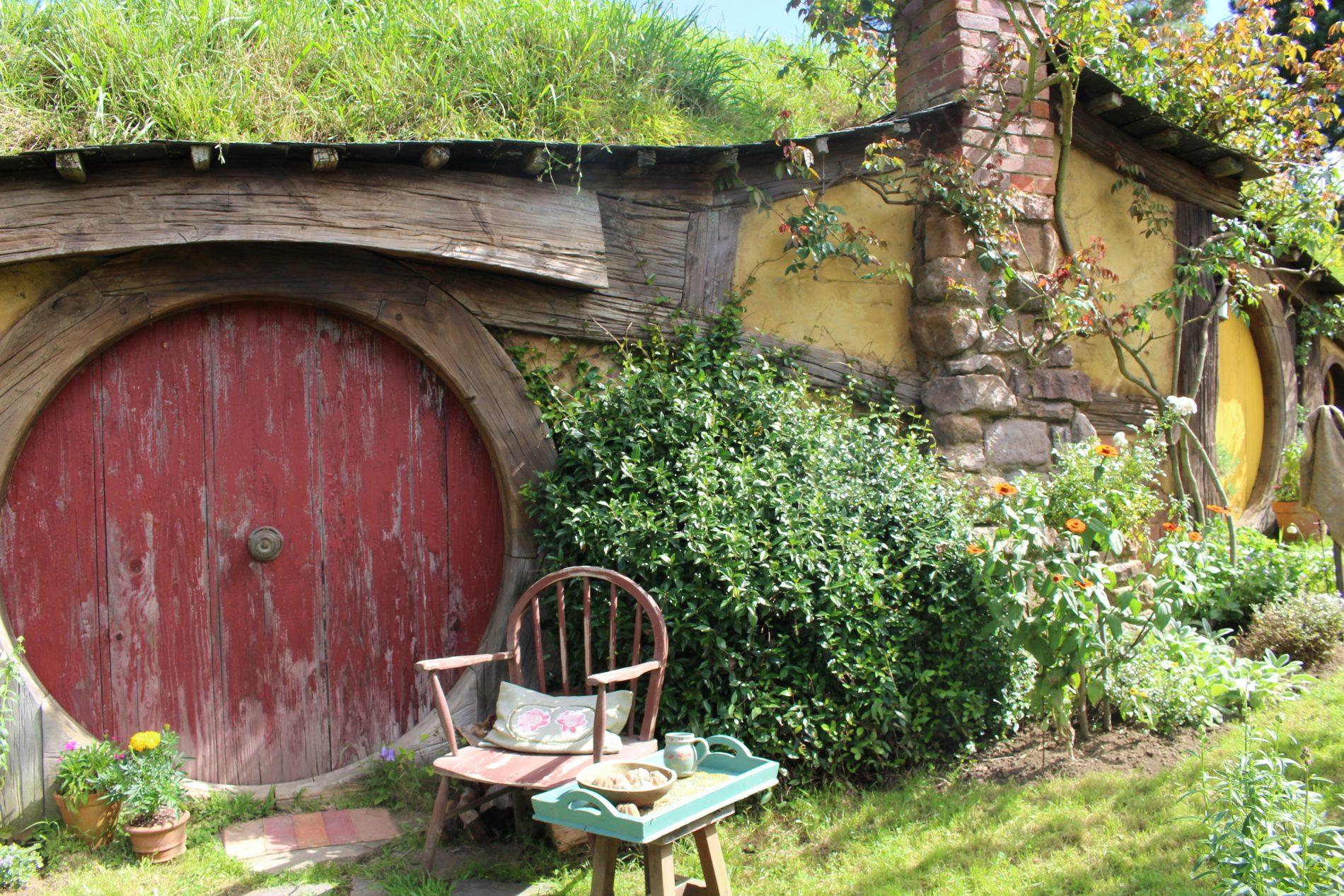 hobbiton, new zealand, movie set