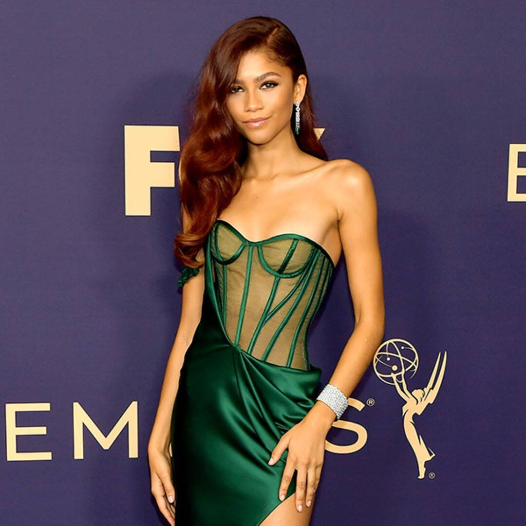 these-best-dressed-stars-at-the-emmy-awards-will-leave-you-in-awe
