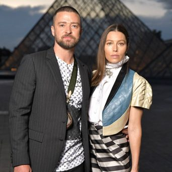 justin-timberlake-and-jessica-biel-are-fierce-scrabble-competitors-in-adorable-photos