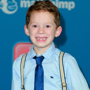 the-internet's-favorite-son-gavin-thomas-is-all-grown-up-in-latest-yearbook-photo